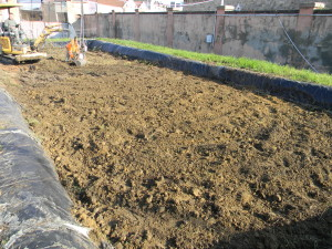 Preparazione della vasca AGRIPORT per il trattamento di landfarming (2)